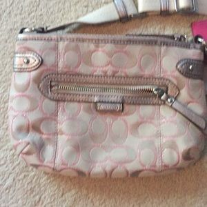 c486964dc7c Women Coach Bag Sale Online on Poshmark